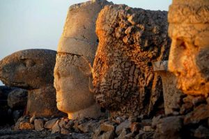 Mount Nemrut Close Photo